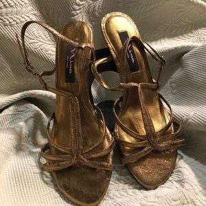 Nina sz 8 bronze metallic evening heeled sandals